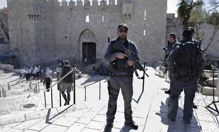الشرطة الإسرائيلية تتأهب استعدادا لمسيرات الغضب احتجاجا ضد قرار ترامب