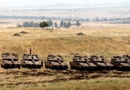 مشاهد من عملية الدرع الشمالي قرب حدود لبنان
