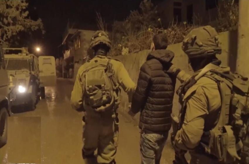 الجيش الإسرائيلي يعتقل 14 فلسطينيا من الضفة الغربية
