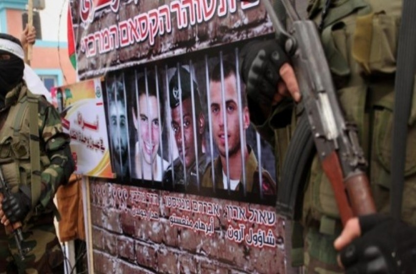 غلاف غزة.. عشرات البالونات وانفجارات فوق المنازل