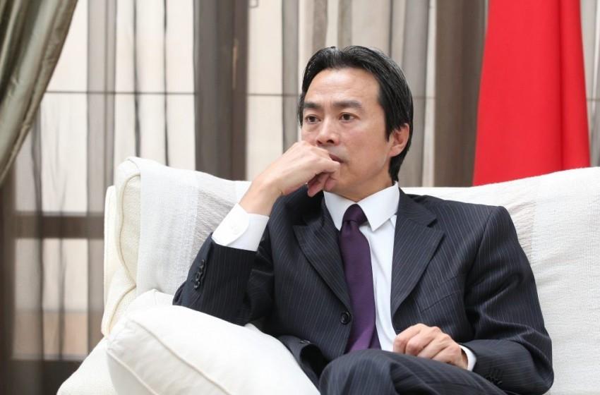 العثور على السفير الصيني في إسرائيل ميتا بشقته في هرتسيليا