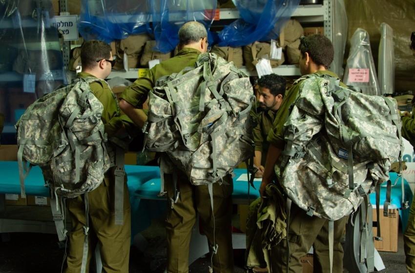 وفد طبي من الجيش يشارك بتدريب لمواجهة الزلازل برومانيا