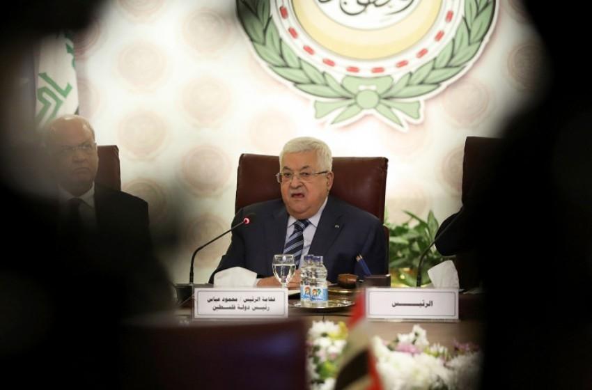 """معاريف: وقف """"التنسيق"""".. هل هو تهديد عابث من أبو مازن؟"""