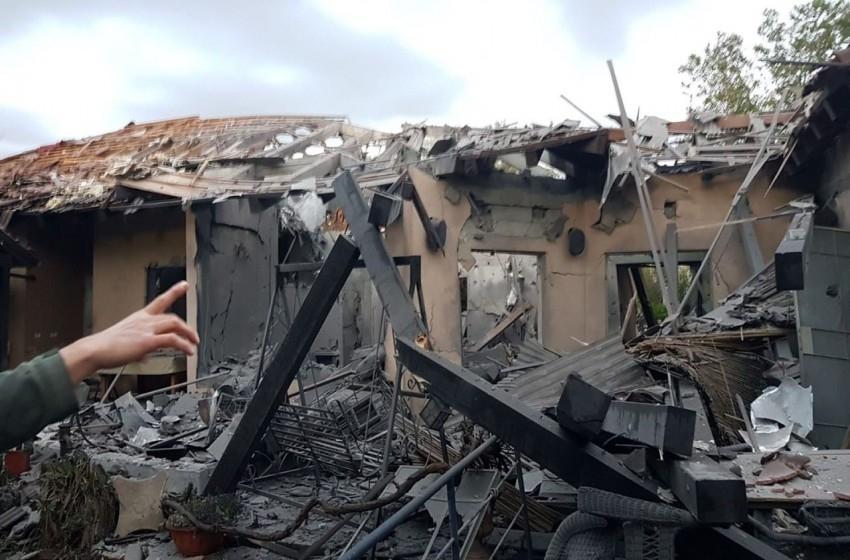 """صواريخ غزة شمال """"تل أبيب"""".. عدد من الإصابات ودمار كبير"""