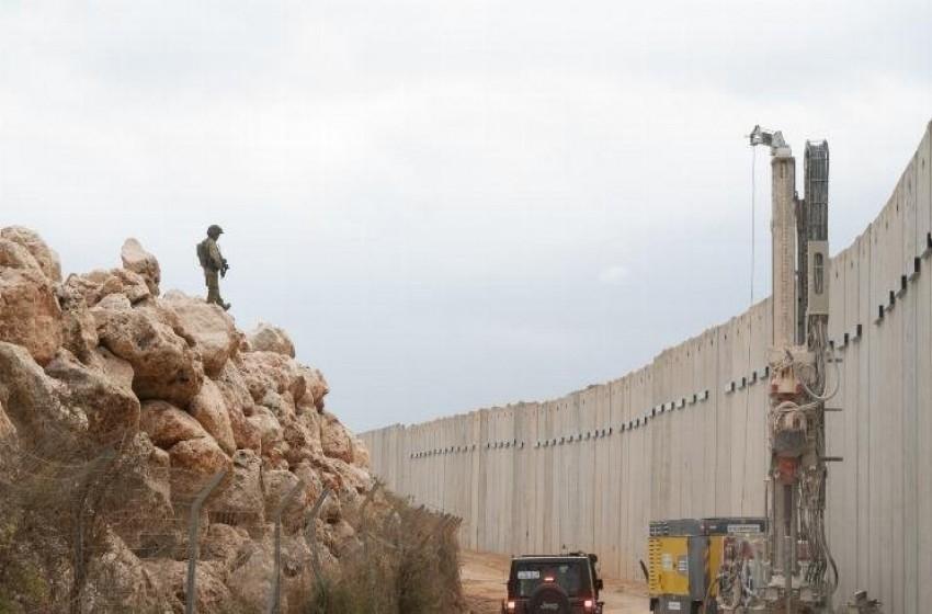 """""""إسرائيل"""" تستفيد من عملية الشمال لإكمال الجدار على حدود لبنان"""