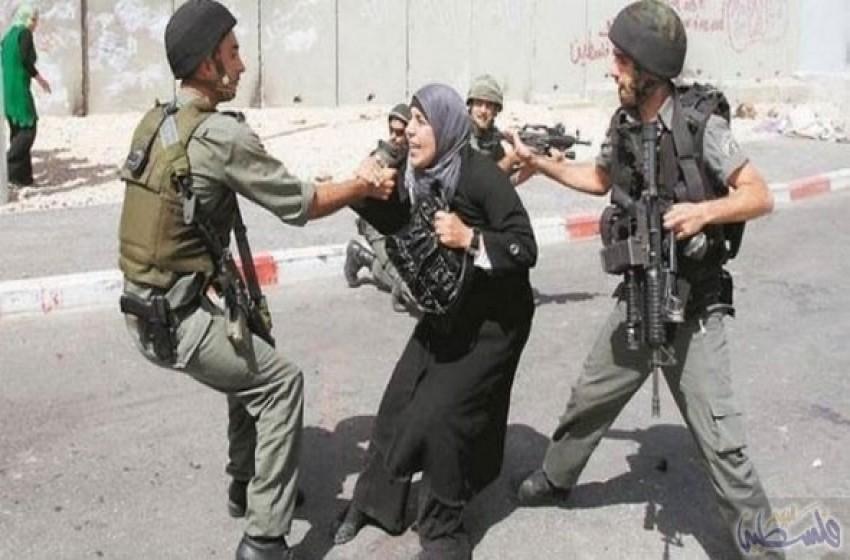 """جنديان إسرائيليان تحرّشا بفلسطينية على حاجز """"قلنديا"""""""