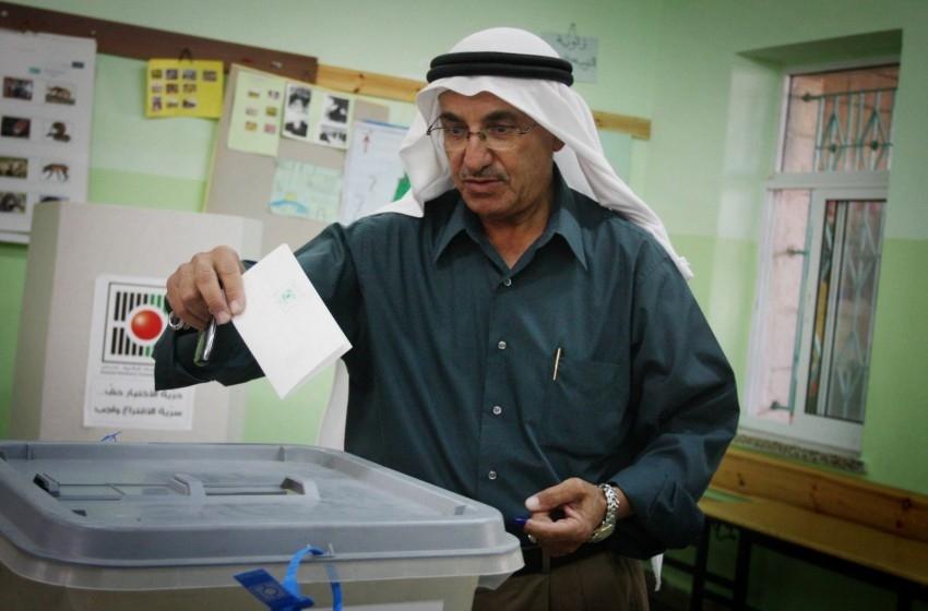 الانتخابات الفلسطينية مازالت بعيدة المنال.. لهذا السبب