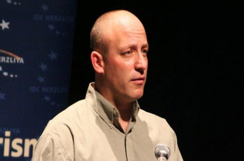 تعرف على العقيد احتياط ليئور لوتان منسق ملف الأسرى الإسرائيليين المستقيل