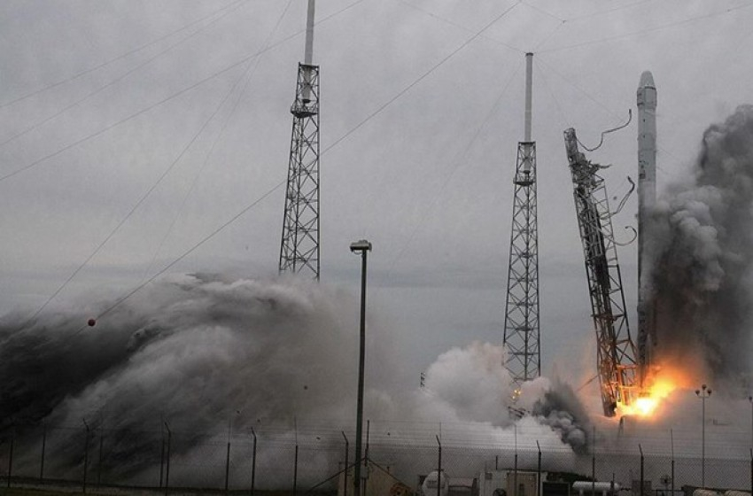 """تحطم صاروخ كان يحمل قمراً صناعياً """"إسرائيلياً"""" للفضاء"""