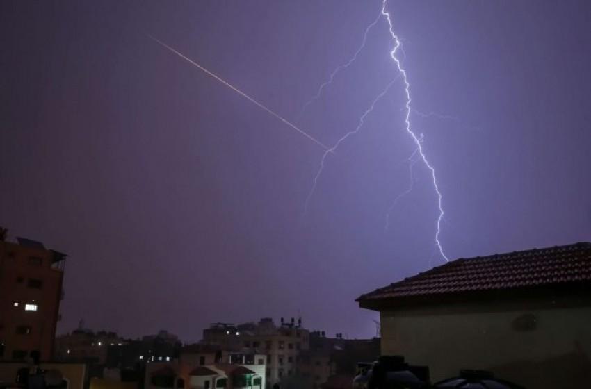 """إسرائيل لا يمكن أن تتسامح مع """"صواريخ البرق"""""""