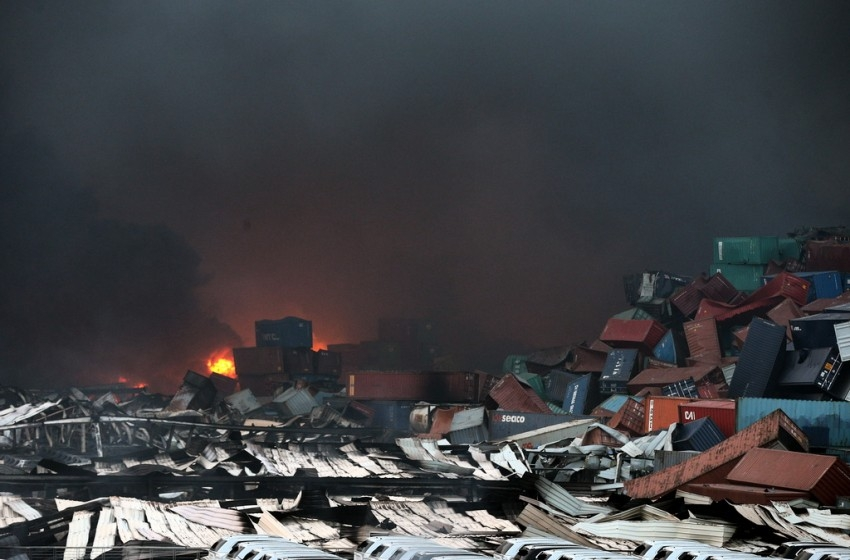 بعد كارثة بيروت.. تحديات حزب الله وخطأ ترامب