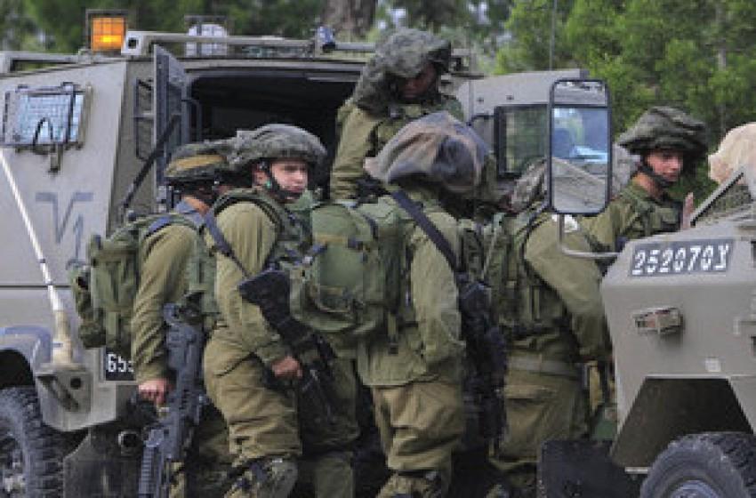 إطلاق نار تجاه قوة خلال اعتقال فلسطينيين تسللوا من القطاع