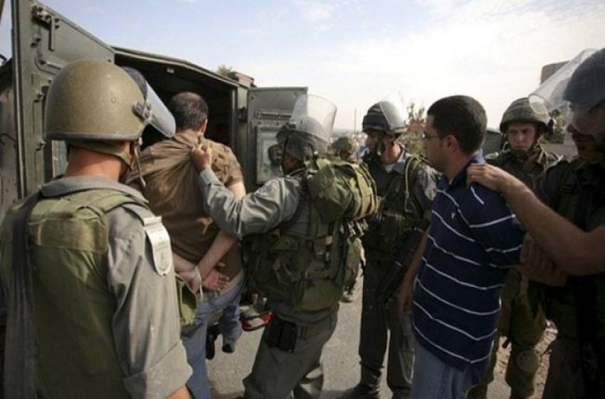 الجيش الإسرائيلي يعتقل 15 فلسطينيا من الضفة